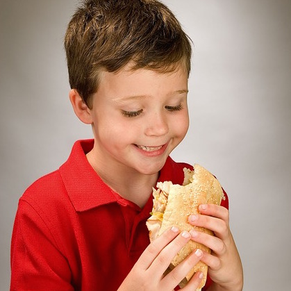 boy-eating-sandwich