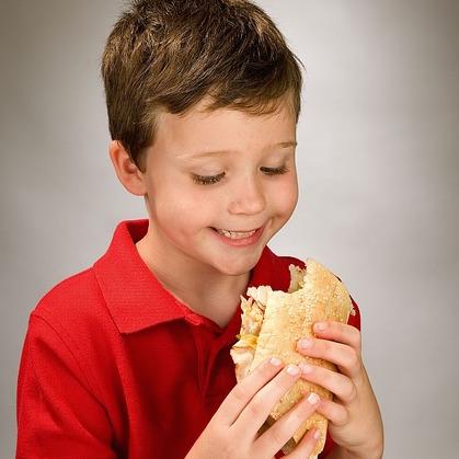 boy-eating-sandwich